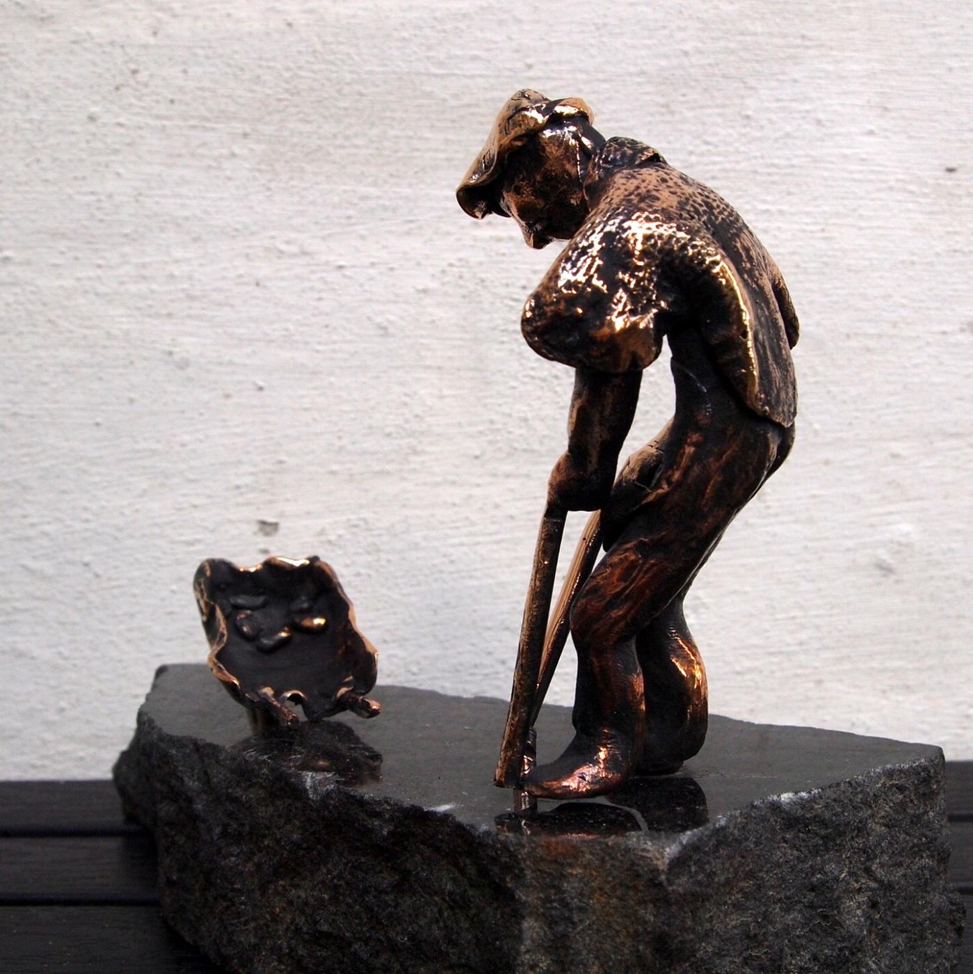 Den gamle mand og børen | Skulptur | Detail 1