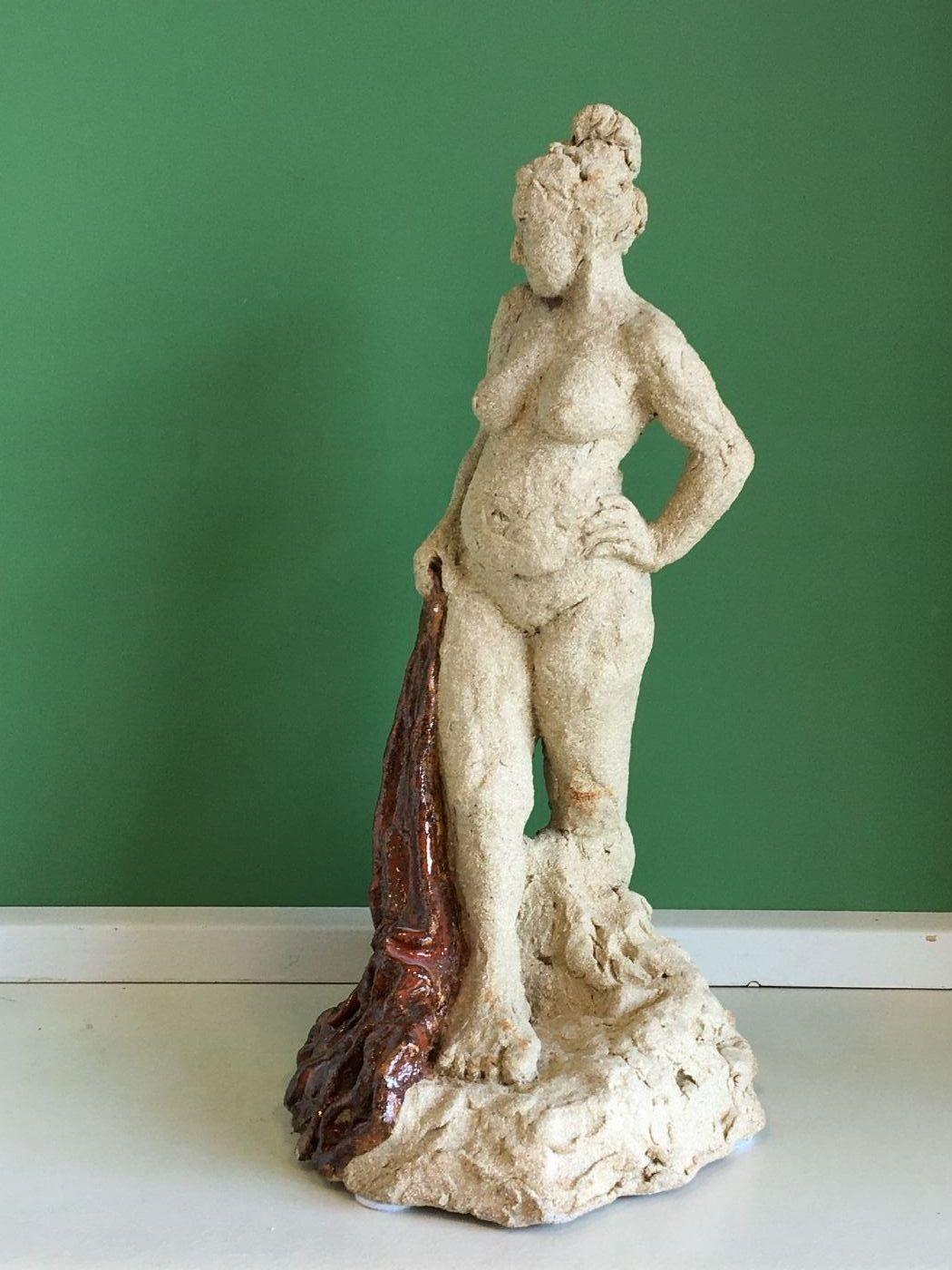 Stående dame | Keramik