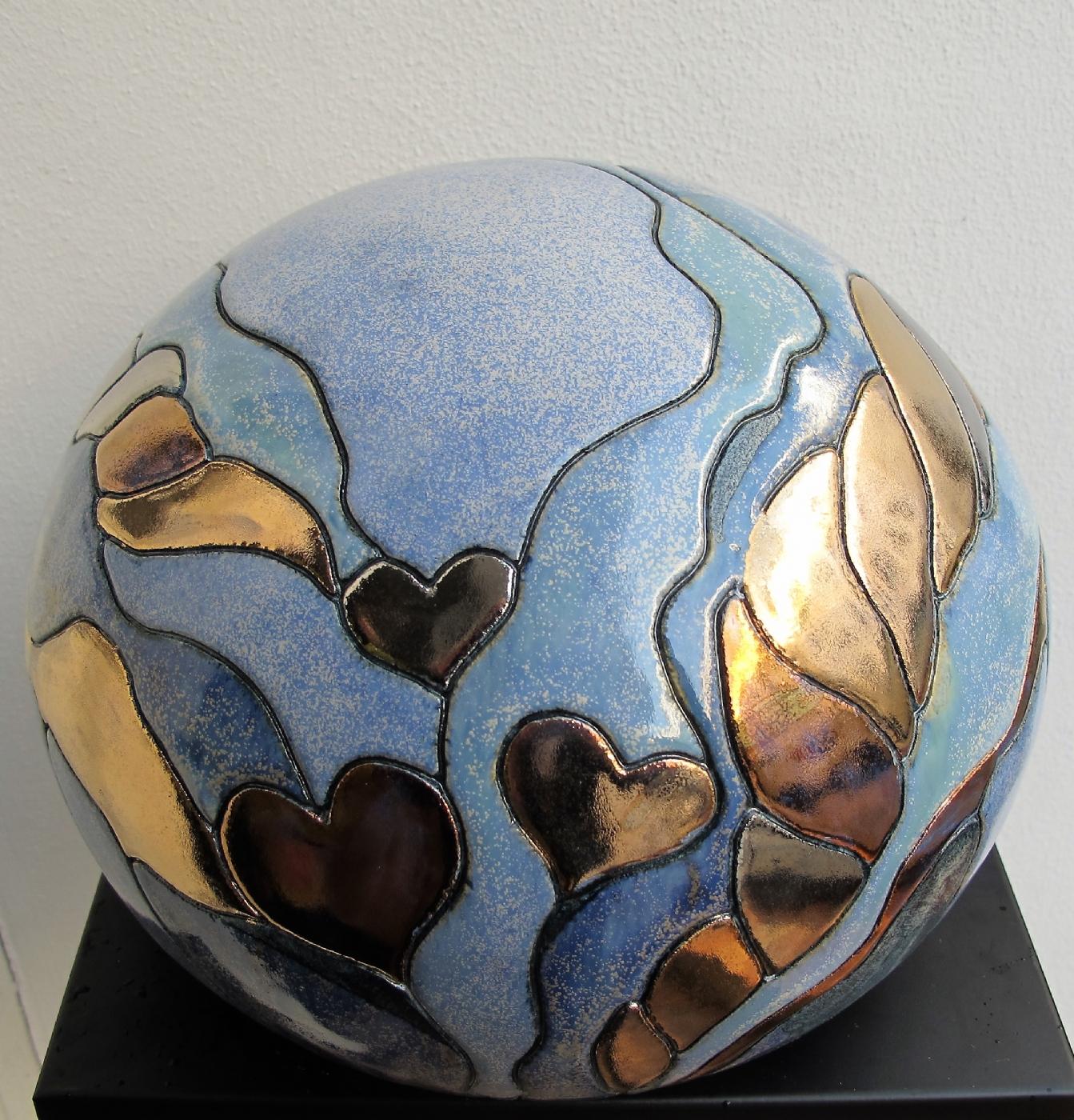 stor gobbel m. hjerter og metal | Keramik