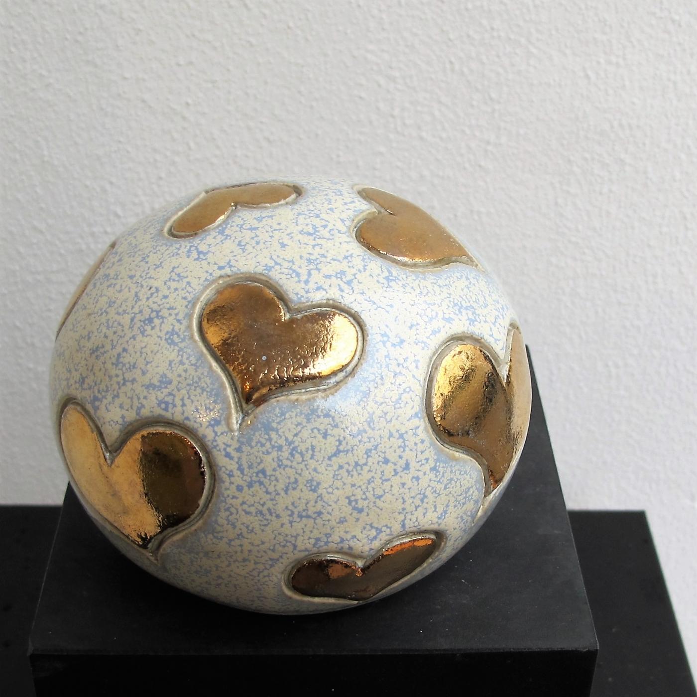 lille gobbel m. små hjerter og metal | Keramik
