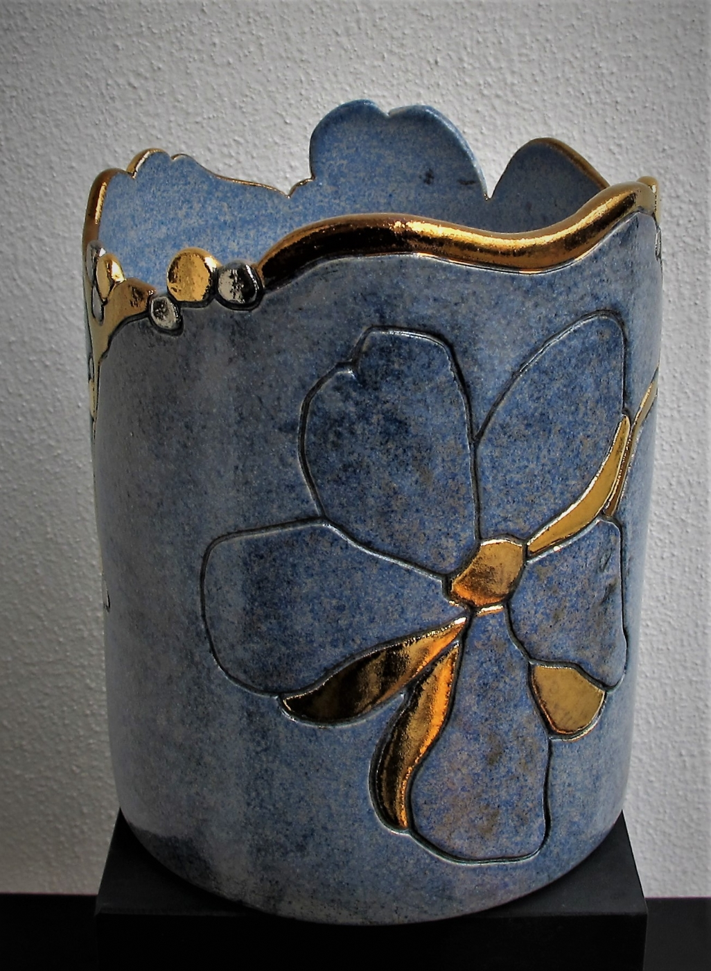 potte mellem m. blomst og metal | Keramik
